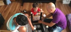 Mỗi lần giao đàn piano cho khách là ngàn niềm vui!